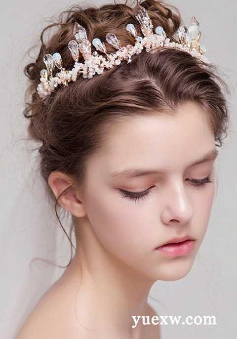 新娘发型详细步骤_新娘盘发造型 新娘发型详细步骤图解 - 成都金牛资讯网